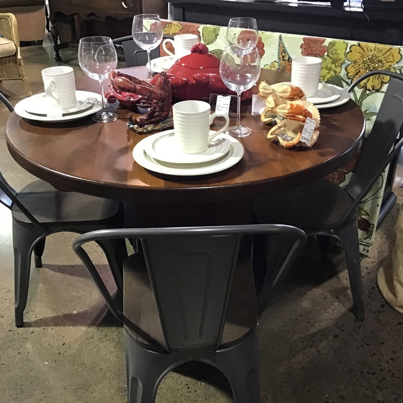 Are you looking to update your dining table? Do you need some additional chairs for your patio or covered porch? Check out these very trendy metal/wood chairs from Pier 1. Perfect to update any space!