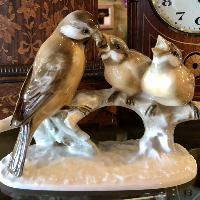 "Beautiful Hatschenreuther Germany Porcelain Mother bird feeding her two babies. c. 1950s. 8"" wide x 6"" high."