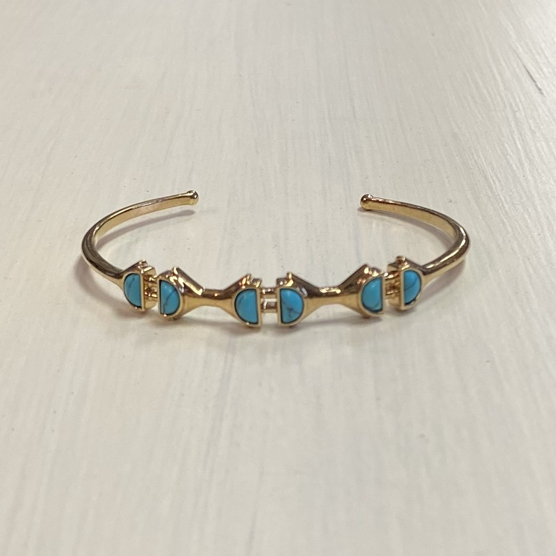 Gld Turquoise Stone Cuff.