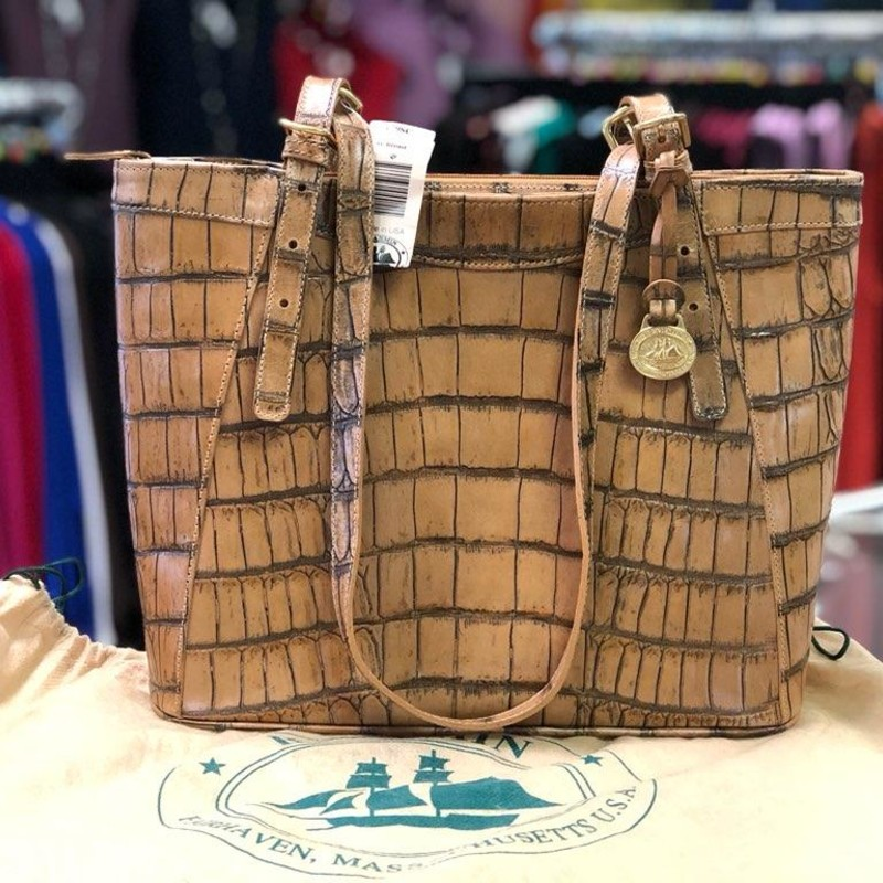 "BRAHMIN, Brown, Size: Lotte<br /> <br /> This is a Brand New with tags, registration card and dust cover!<br /> It is a Vintage Brahmin Handbag!<br /> Lotte - Scotch Bristol<br /> #638179SC<br /> Purse is: app 8"" tall<br /> 10.5"" across top front<br /> 8.75"" bottom front<br /> 3.5"" deep on bottom<br /> Strap drop currently is 13"".<br /> No marks, stains or flaws on the interior or exterior.<br /> Would make a beautiful gift."