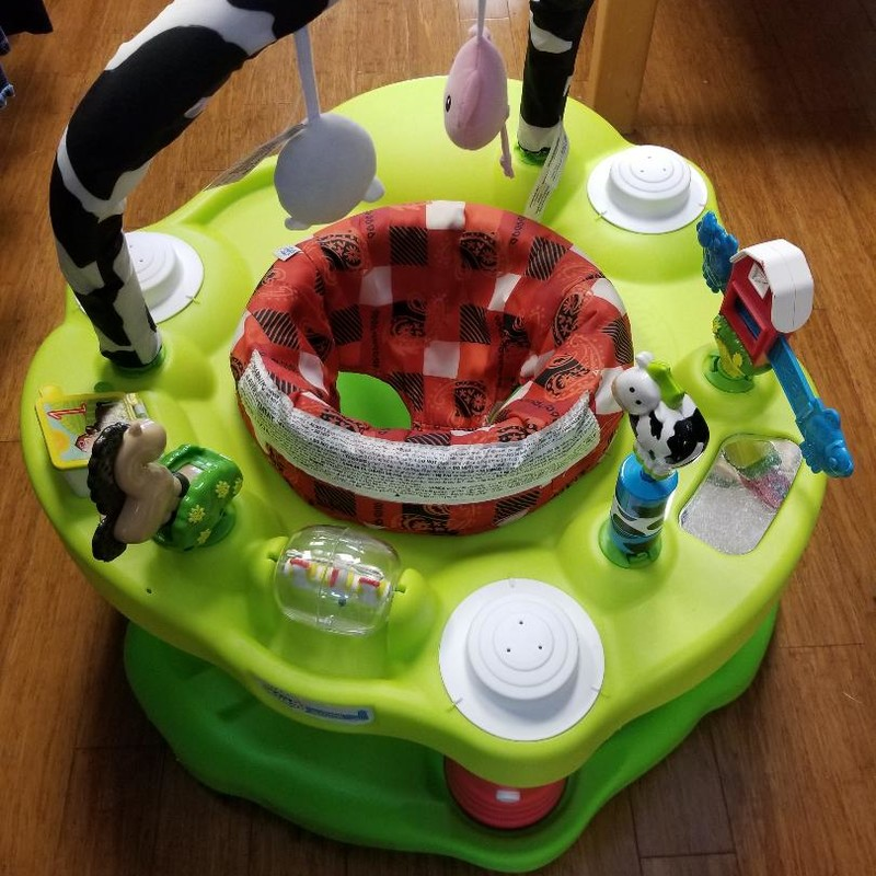 Evenflo Playful Pastures Exersaucer BOUNCE<br /> 3-position height adjustment<br /> 360 degree spin around seat<br /> Several activities along tray<br /> More info found online<br /> * STORE PICKUP ONLY, NO SHIPPING.<br /> ** WE OFFER FULL CURBSIDE SERVICE.
