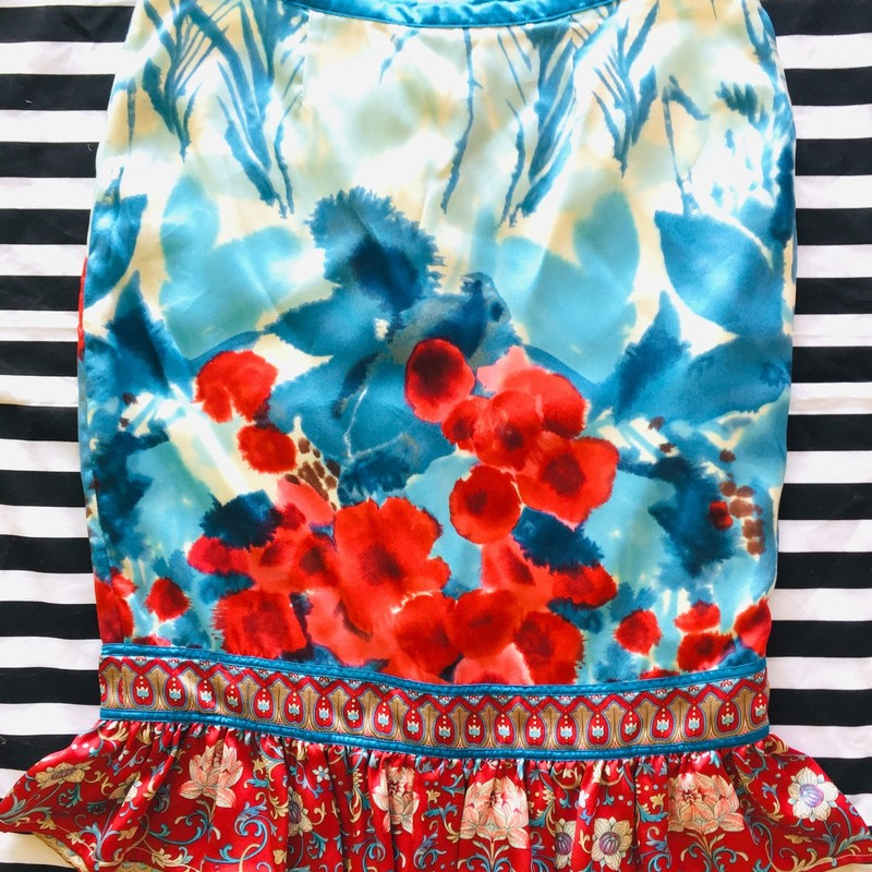 Plenty by Tracy Reese floral skirt. Lightly worn with no signs of damage. Lightweight and 100% silk. Size 2; Multicolored (Red, Blue, Pink, Beige)