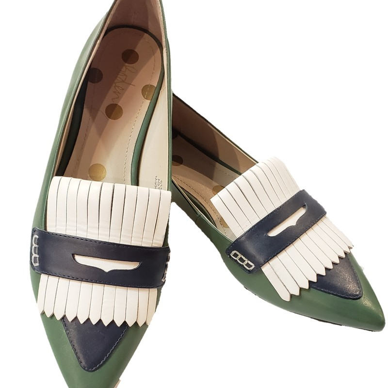 Boden Kiltie Loafers<br /> Green, Navy, White<br /> <br /> Leather Upper<br /> Made in India<br /> <br /> Size: 39 (US 8/8.5)