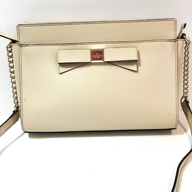 Kate Spade Crossbody, Tan, Size: 7 X 9.5<br /> Very good preowned condition