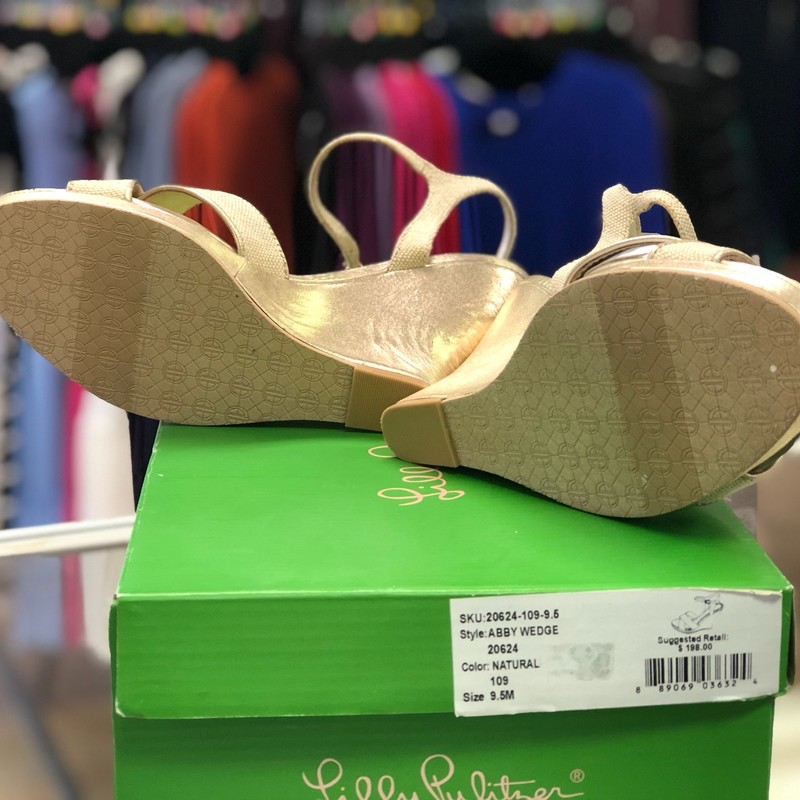 "Lilly Pulitzer, Gold, Size: 9.5<br /> The Abby Wedge is a 4 inch metallic linen wedge. The perfect companion to your already loved leather wedges, the Abby goes with all things Lilly.<br /> Metallic Linen Ankle Strap Wedge With 4"" Metallic Gold Leather Heel And 1"" Platform. Imported."