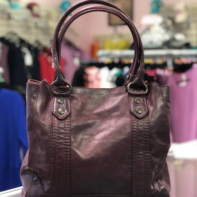 "FRYE (Melissa Tote), Burgundy, Size: Authentic<br /> 100% Leather<br /> Imported<br /> synthetic lining<br /> Snap closure<br /> 9"" shoulder drop<br /> 12"" high<br /> 13"" wide<br /> Antique pull up leather shoulder tote bag from Frye's best selling Melissa collection<br /> center zip divider, 1 interior zip pocket, 2 interior sleeve pockets<br /> Measurements: 13 inches W X 12 inches H X 6 inches D, shoulder drop 9 inches<br /> this items is preowned and is in like new condition"