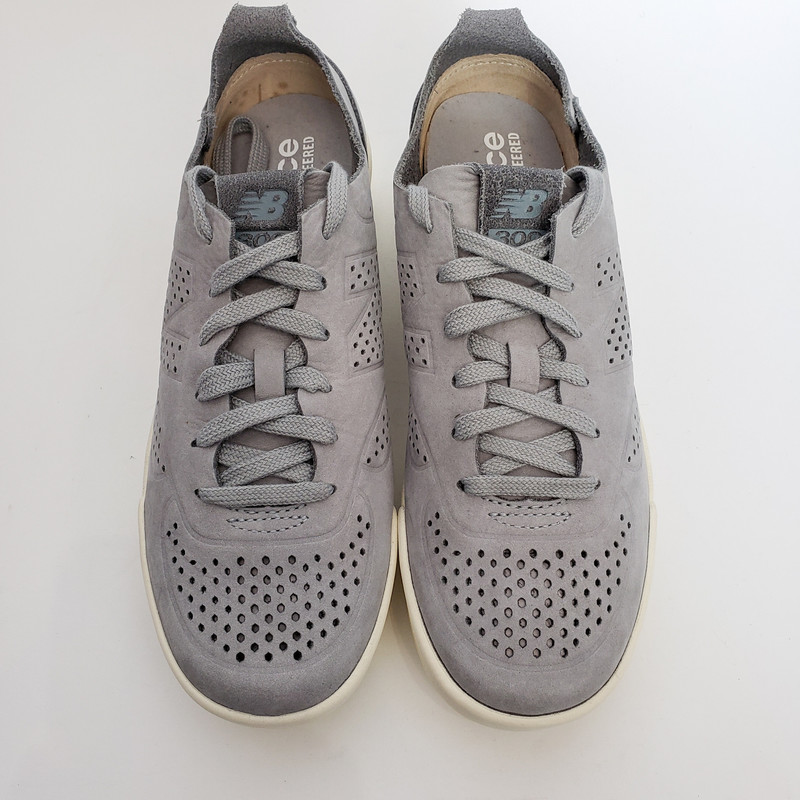 New Balance<br /> Sneakers<br /> Gray<br /> Suede Feel<br /> Size 7