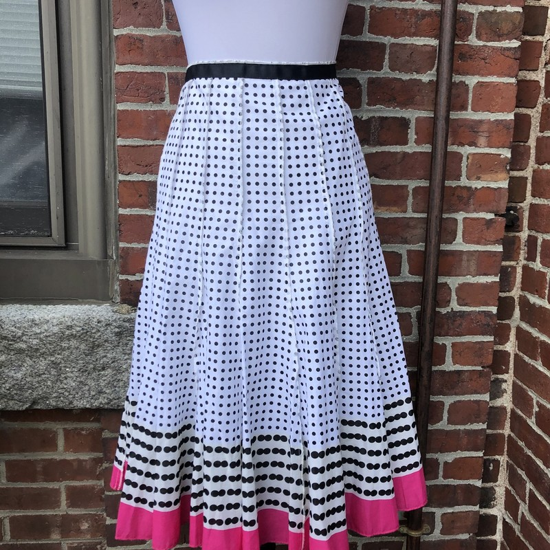 Focus 2000 Sweet Pleated, White  with Black polka dots, bright pink hem.  Below-knee length, Size: 8