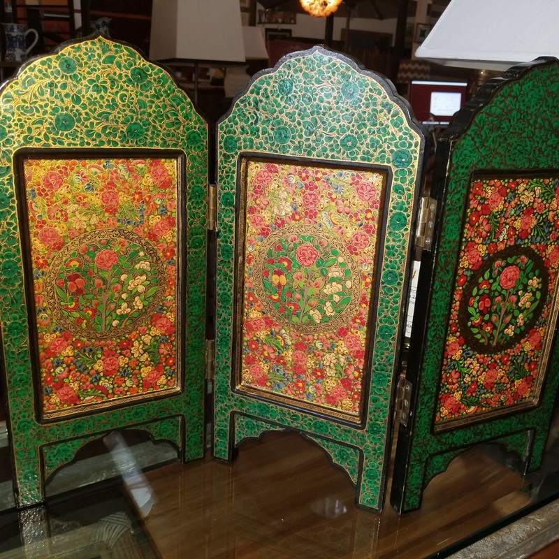 Indian Table Screen Hand Painted.  Beautiful show of craftmanship.  Lovely Guilding.