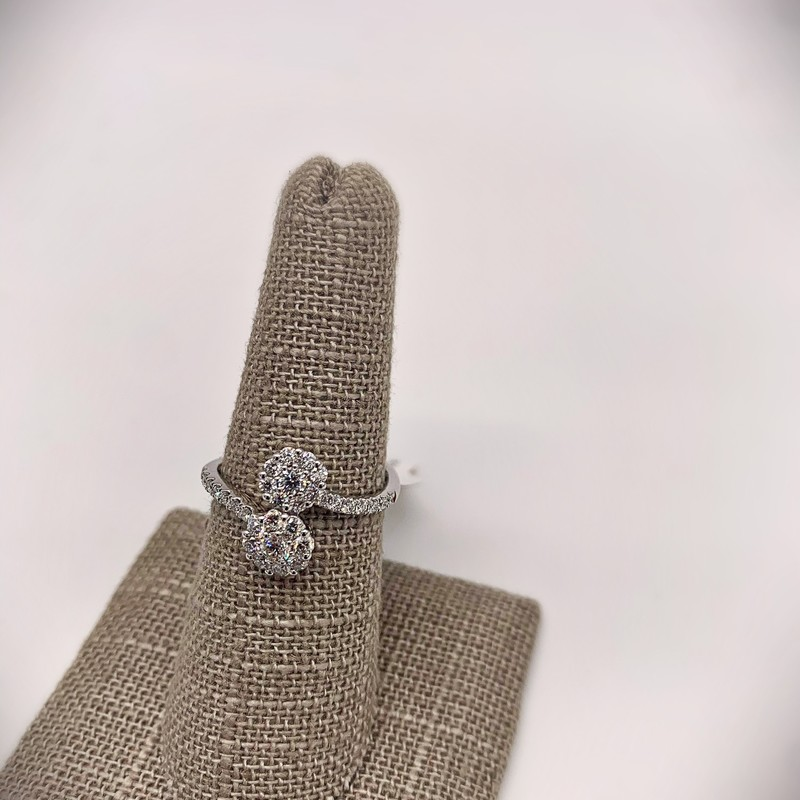 14k WG .70ctw Fancy Diamond Ring with 32 brilliant white diamonds.<br /> <br /> 14k WG .70ctw Dia Ring, Size: BBHH