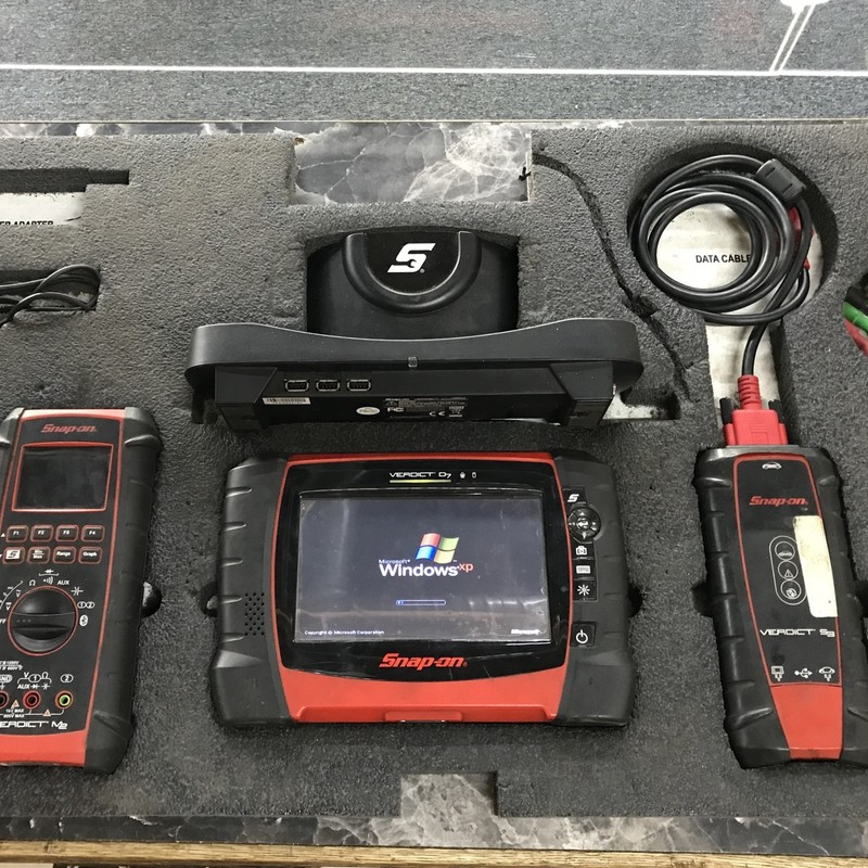 Scanner Diagnostic Tool, Snap On, : Verdict D7, S3, M2<br /> Software 16.4<br /> Complete: Includes all Cable and connectors