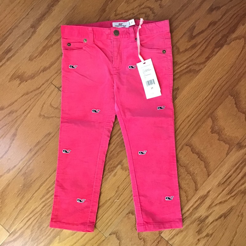 Vineyard Vines Pant NEW, Pink, Size: 3<br /> <br /> <br /> new with tag<br /> <br /> <br /> ALL ONLINE SALES ARE FINAL. NO RETURNS OR EXCHANGES. PLEASE ALLOW 1 TO 2 WEEKS FOR SHIPMENT.