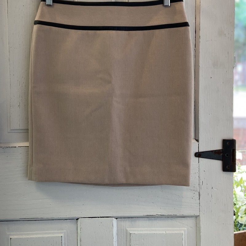 NWT Tan/blk Trim Skirt.