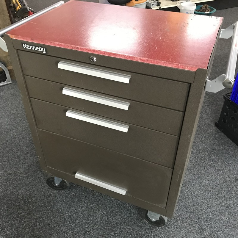 "Rolling Tool Box, Kennedy 27""x18""x35""<br /> <br /> NO SHIPPING"