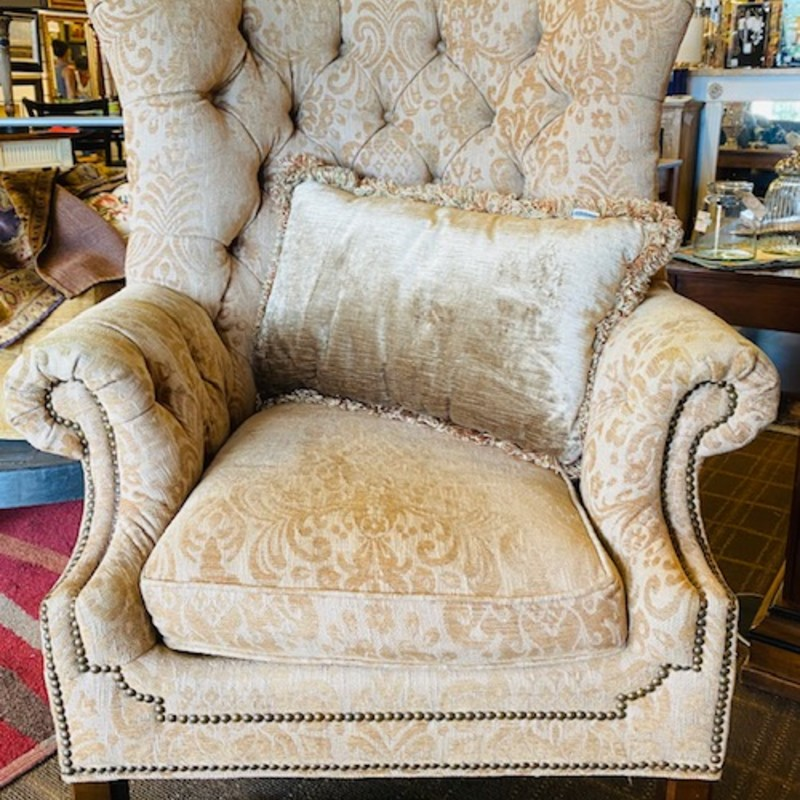Lillian August Tuft Chair<br /> Gold Creme Damask, Size: 36x36x45H