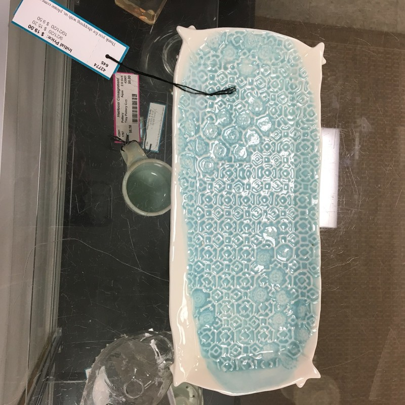 Embossed Pottery Tray, Aqua/Wht, Size: 11x5 In
