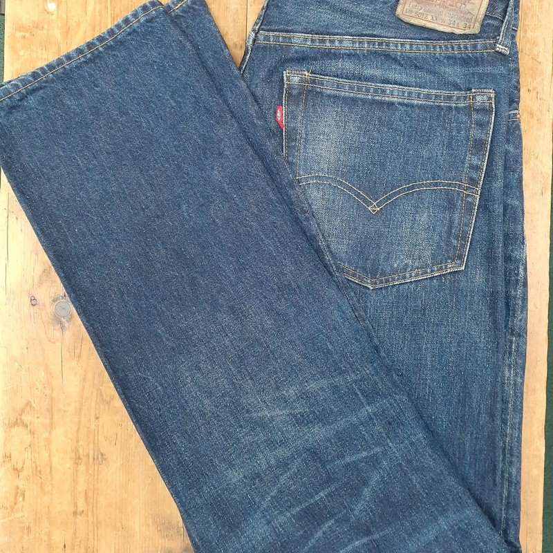 Authentic Vintage Levis<br /> Color: Denim<br /> Size: 34W 34L<br /> Condition: Excellent