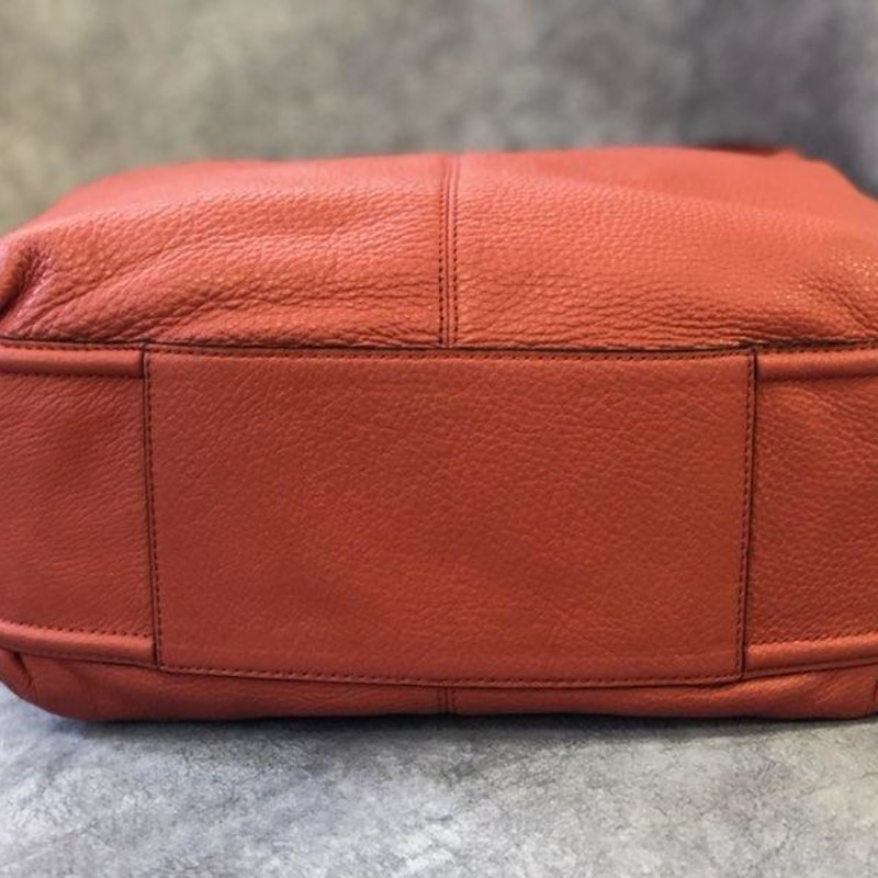 "COACH (rare Find), Color: Salmon, Size: HOBO<br /> Coach Avery Leather Hobo Shoulder Bag /F23309<br /> Leather<br /> Inside zip<br /> Cell phone and multifunction pocket<br /> Magnetic snap closure<br /> Fabric lining<br /> Handle with 6"" drop<br /> Approximate Size: 11""L x 13 1/4 ""H x 4"" W<br /> 100% Authentic Coach<br /> Original MSRP: $398.00<br /> This handbag is preowned.  Looks like NEW, no signs of any of wear, no marks or flaws.  A Vintage COACH in LIKE NEW CONDITION!  This is RARE FIND for this HOBO COACH!"