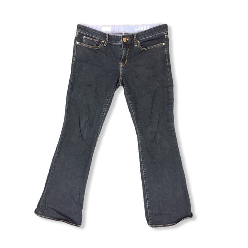Jeans, Womens, Size: 30/10<br /> <br /> #resalerocks #gap #pipsqueakresale #vancouverwa #portland #reusereducerecycle #fashiononabudget #chooseused #consignment #savemoney #shoplocal #weship #keepusopen #shoplocalonline #resale #resaleboutique #mommyandme #minime #fashion #reseller                                                                                                                                      Cross posted, items are located at #PipsqueakResaleBoutique, payments accepted: cash, paypal & credit cards. Any flaws will be described in the comments. More pictures available with link above. Local pick up available at the #VancouverMall, tax will be added (not included in price), shipping available (not included in price), item can be placed on hold with communication, message with any questions. Join Pipsqueak Resale - Online to see all the new items! Follow us on IG @pipsqueakresale & Thanks for looking! Due to the nature of consignment, any known flaws will be described; ALL SHIPPED SALES ARE FINAL. All items are currently located inside Pipsqueak Resale Boutique as a store front items purchased on location before items are prepared for shipment will be refunded.