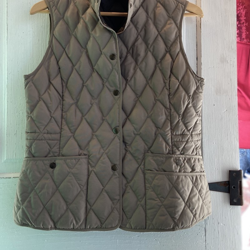 Goose Dwn Quilted Vest.