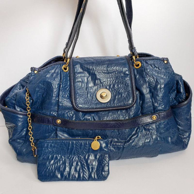 Stella McCartney<br /> Toyal Blue Shoulder Bag<br /> Comes with Pouch<br /> Comes with Dustbag