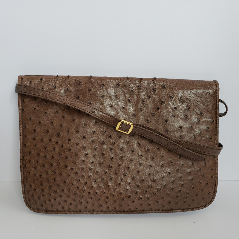 Antonio Da Pescara<br /> Taupe Clutch<br /> Includes long strap<br /> Vintage<br /> Made in Italy