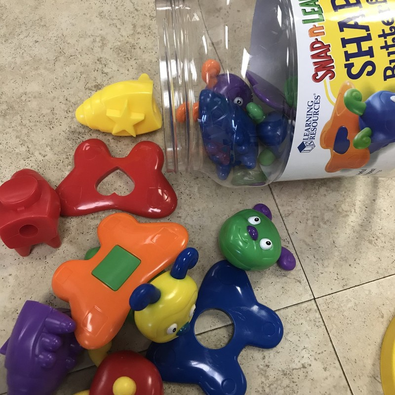 Snap & Learn Butterflies, 15 pcs, great condition.  NO SHIPPING-in store pick up only