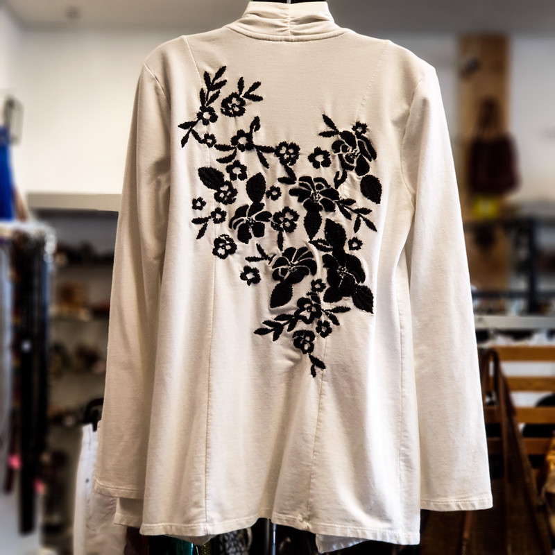 Beautiful Style&Co. Cardigan.<br /> - Off white color<br /> - Back embroidered flower design<br /> - Stretchy<br /> - Bust circumference: 40 in.<br /> - Length: 30.5 in.<br /> - Sleeves length: 23.5 in.<br /> - Size Small<br /> <br /> * Please note that these measurements and pictures are for reference only and may vary slightly from the original.