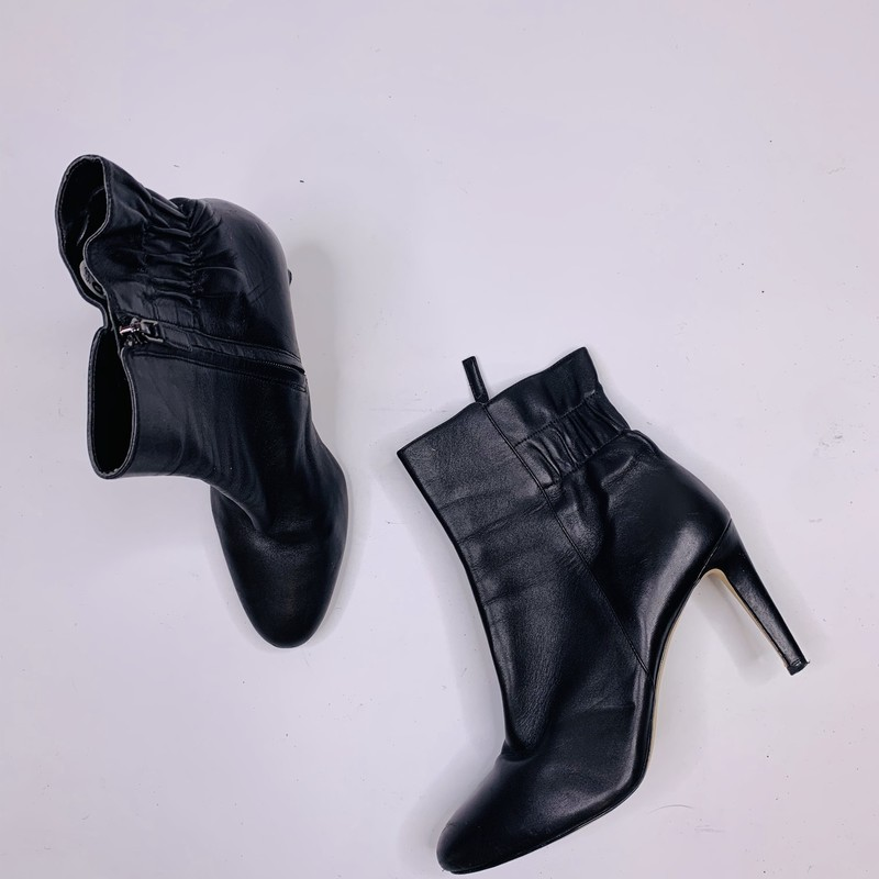 Nine West Ankle Boots.