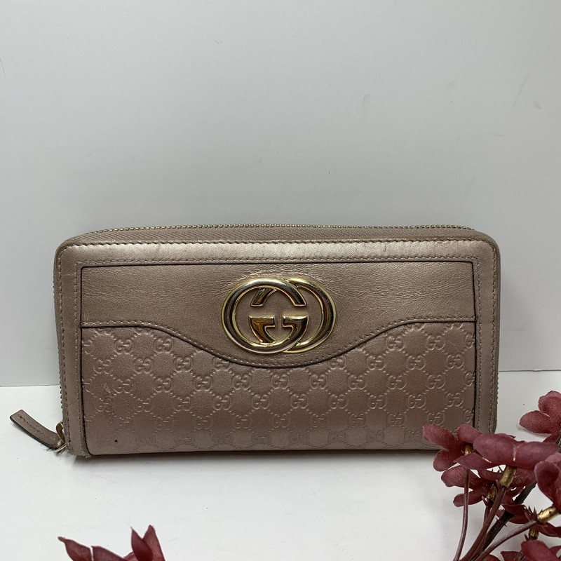 Pink Gucci Wallet,