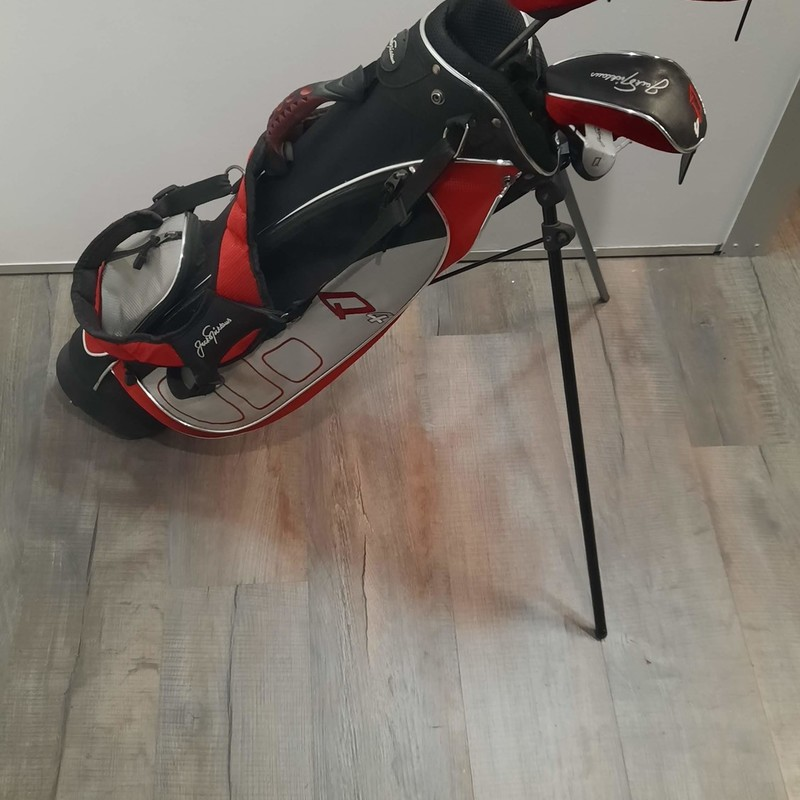 Jack Nicolaus Golf Set.