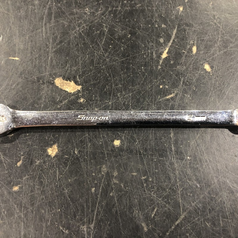 Snap-on OEXM6 6 mm 12-Point Metric Flank Drive® Short Combination Wrench.<br /> <br /> *MADE IN USA*