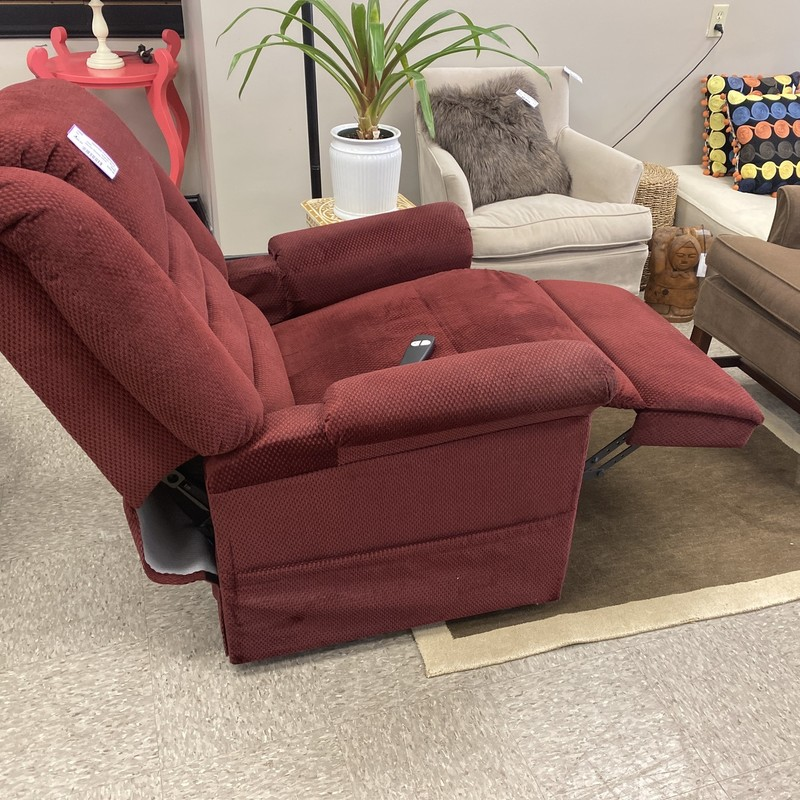 Electric Recliner W/Lift, Burgundy, Size: 31x41 In