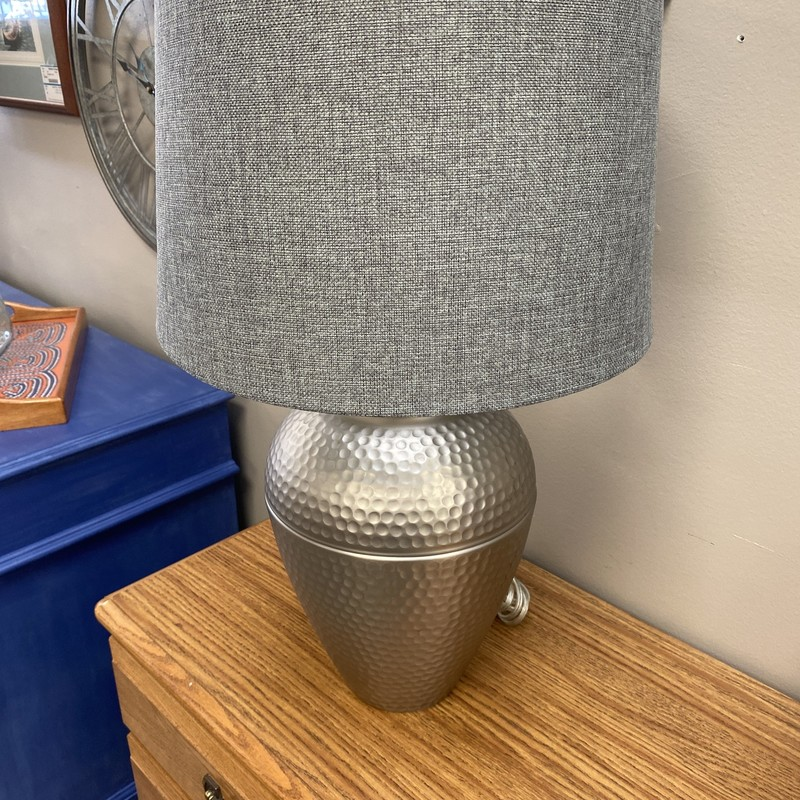 Hammered Base Lamp, Size: 25 Inch