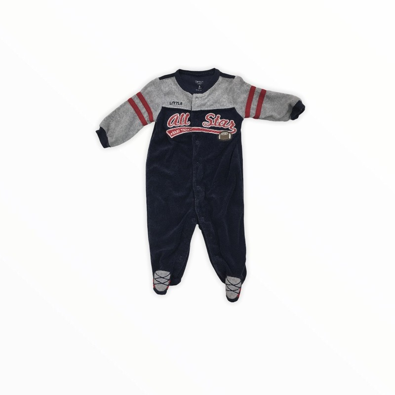 Sleeper, Boy, Size: 6m<br /> <br /> #resalerocks #carters #pipsqueakresale #vancouverwa #portland #reusereducerecycle #fashiononabudget #chooseused #consignment #savemoney #shoplocal #weship #keepusopen #shoplocalonline #resale #resaleboutique #mommyandme #minime #fashion #reseller                                                                                                                                      Cross posted, items are located at #PipsqueakResaleBoutique, payments accepted: cash, paypal & credit cards. Any flaws will be described in the comments. More pictures available with link above. Local pick up available at the #VancouverMall, tax will be added (not included in price), shipping available (not included in price), item can be placed on hold with communication, message with any questions. Join Pipsqueak Resale - Online to see all the new items! Follow us on IG @pipsqueakresale & Thanks for looking! Due to the nature of consignment, any known flaws will be described; ALL SHIPPED SALES ARE FINAL. All items are currently located inside Pipsqueak Resale Boutique as a store front items purchased on location before items are prepared for shipment will be refunded.