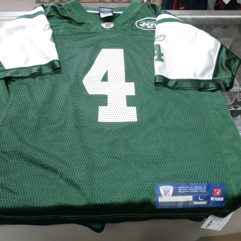 NY Jets Brett Favre Reebok Jersey green size YOUTH Large (14/16) nylon #24139<br /> Rating: (see below) 3- Good Condition<br /> Team: New York Jets<br /> Player: Brett Favre<br /> Brand: Reebok<br /> Size: Large 14-16 YOUTH-  (Measured: 18.5&quot; Chest,  24&quot; length)<br /> Color: Green<br /> Style: jersey; screen pressed<br /> Material: 100% nylon<br /> Condition: 3 - Good Condition; wrinkled; minor pilling; a few small snags<br /> Item #: 24139<br /> Shipping: FREE