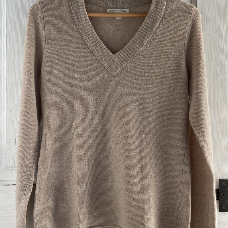 Tan Wool V-neck Sweater<br /> Tan<br /> Size: Small