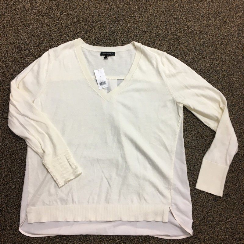 NWT Vneck Sweater/blouse.