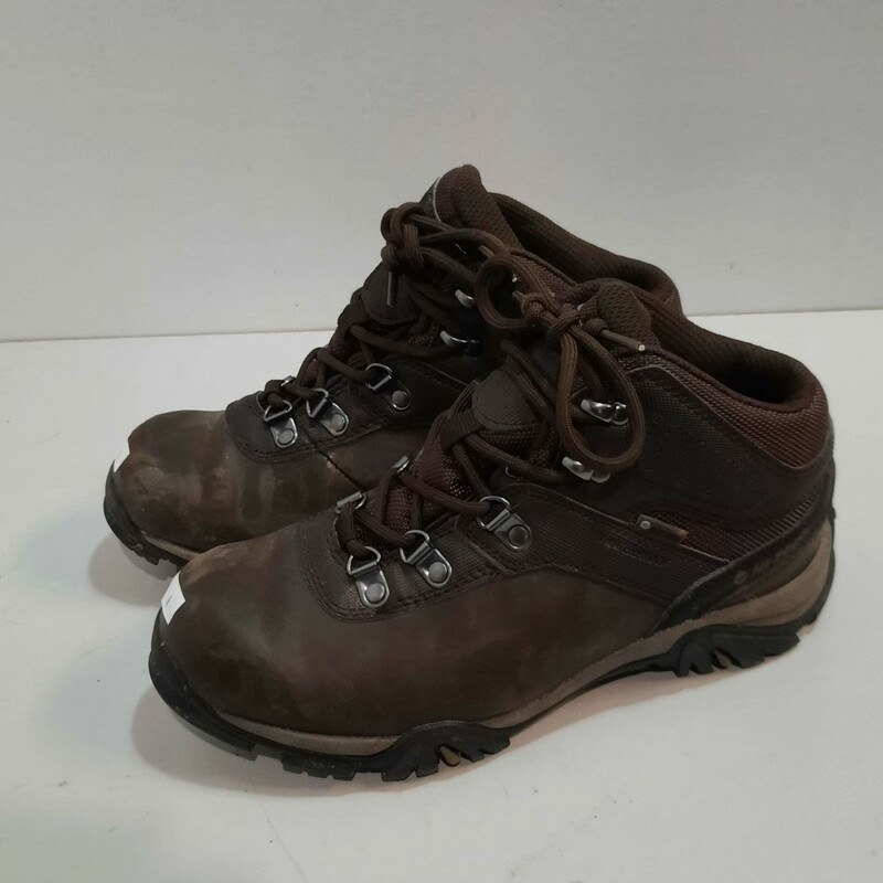 HiTec Youth Hiking Shoes.
