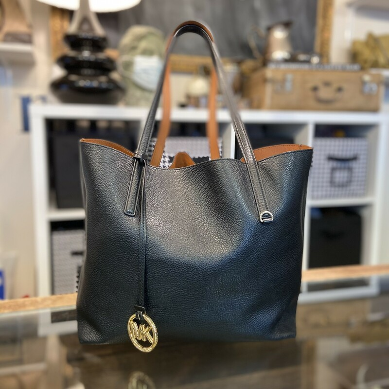 Leather Reversible Tote.