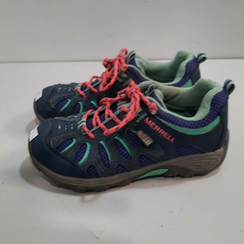 Merrell Youth Hiking Shoe.