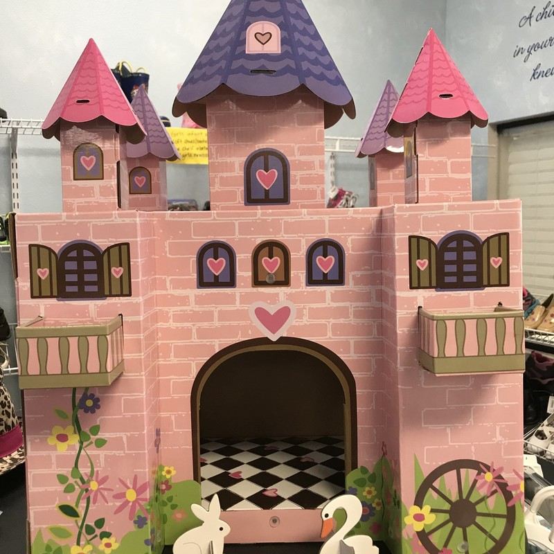 Excellent condition cardboard castle.  Great for pretend play! NO SHIPPING, in store pick up only