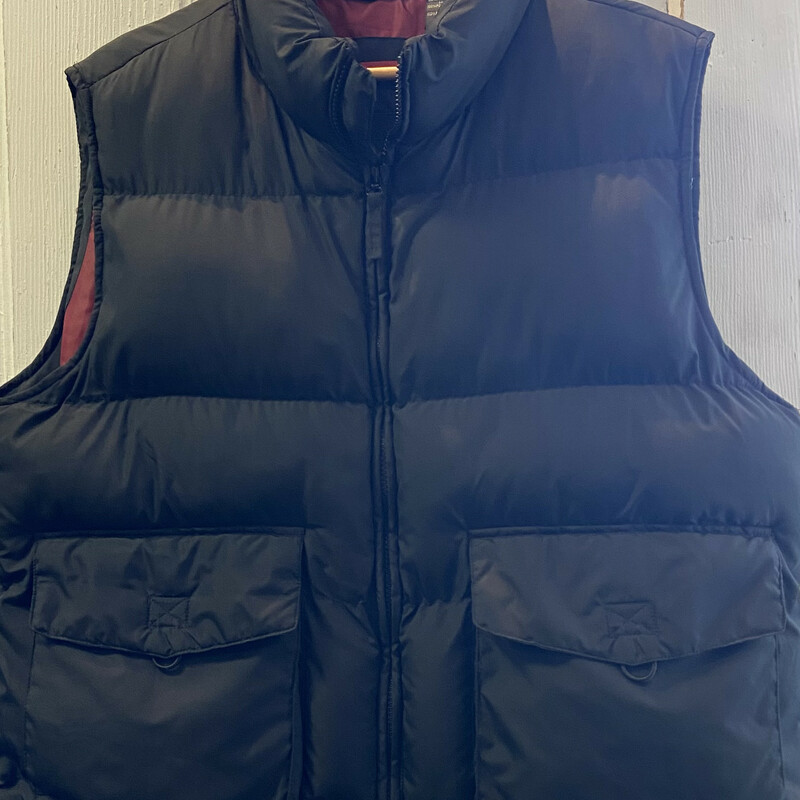 Black Puffy Zip Vest.