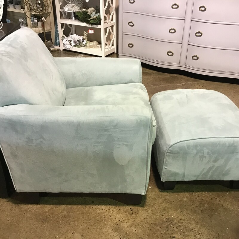 "This pretty pale blue chair and matching ottoman would make a great addition to your family room or bedroom. The chair is very comfortable and upholstered in a soft velvateen fabric. The matching ottoman completes the set!<br /> Chair Dimensions - 34"" x 30"" x 30""<br /> Ottoman Dimensions - 24"" x 21"" x 17"""