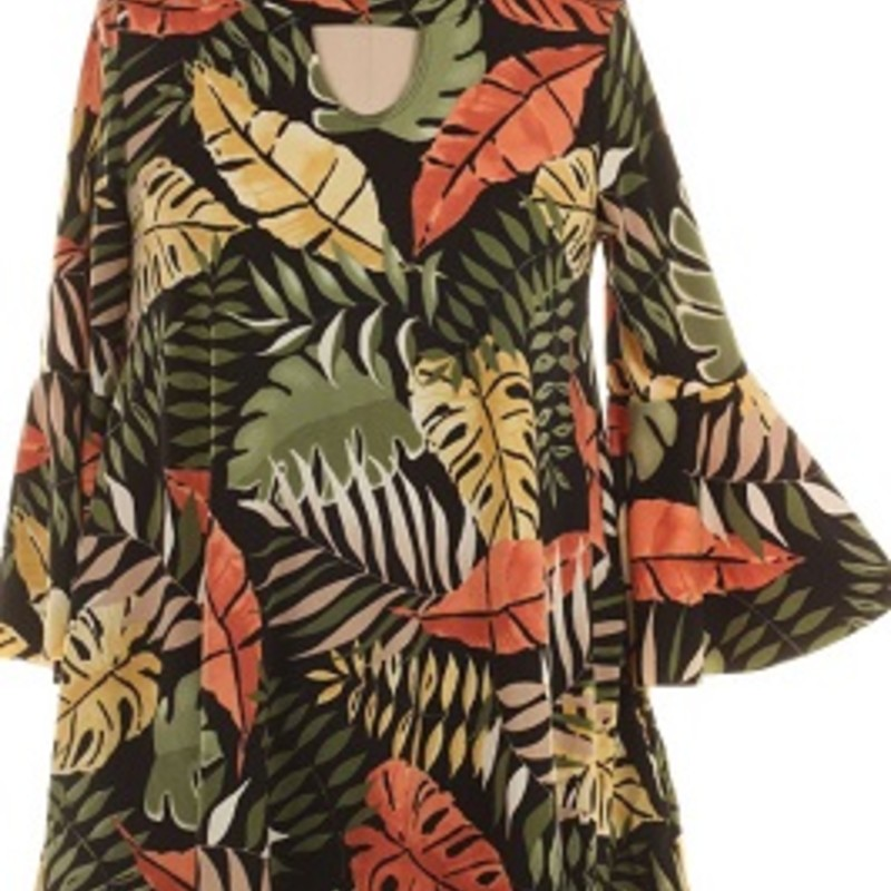 What says fall more than colorful leafs?! Check out our gorgeous Keyhole Leaf Print that just came in and it has pockets! This tunic is real soft made of 92% Polyester 8% Spandex and has a length of 32in
