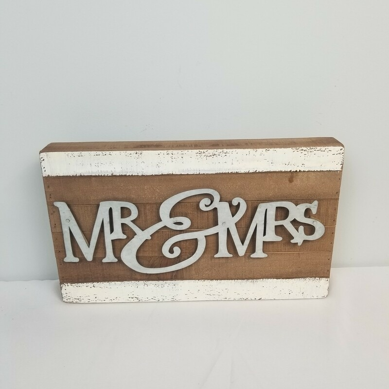 Mr&Mrs Tin/Wood.