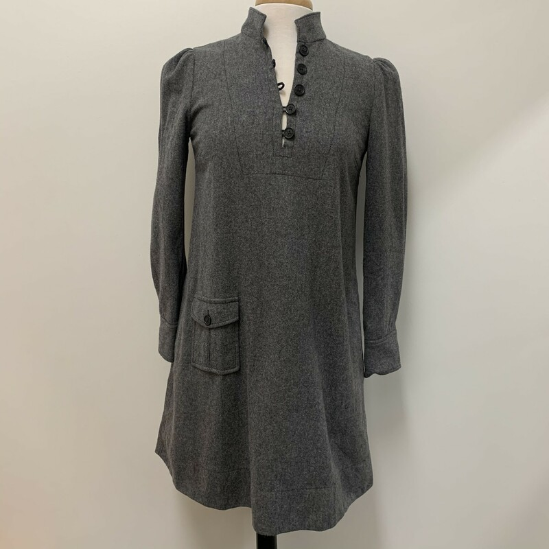 Marc Jacobs<br /> Gray Wool<br /> Lined Dress<br /> With pockets<br /> Size: 4