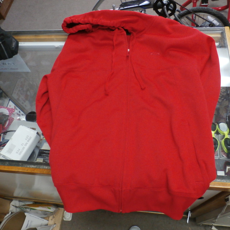 Title: Oakley Men&#039;s zip up hoodie red size XL #24907<br /> Our Clothes Rating: 2- Great Condition<br /> Brand: Oakley<br /> size: men&#039;s XL- (Chest: 22&quot; Length: 29&quot;)<br /> color: Red<br /> Style: hooded; zip up; embroidered<br /> Condition: 2- Great- overall great condition; wrinkled; clean and crisp<br /> Shipping: FREE<br /> Item #: 24907