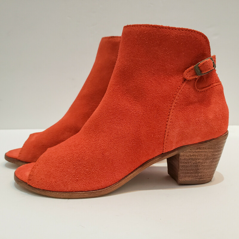 Matisse,<br /> Rust Suede Open Toe<br /> Comes with Box