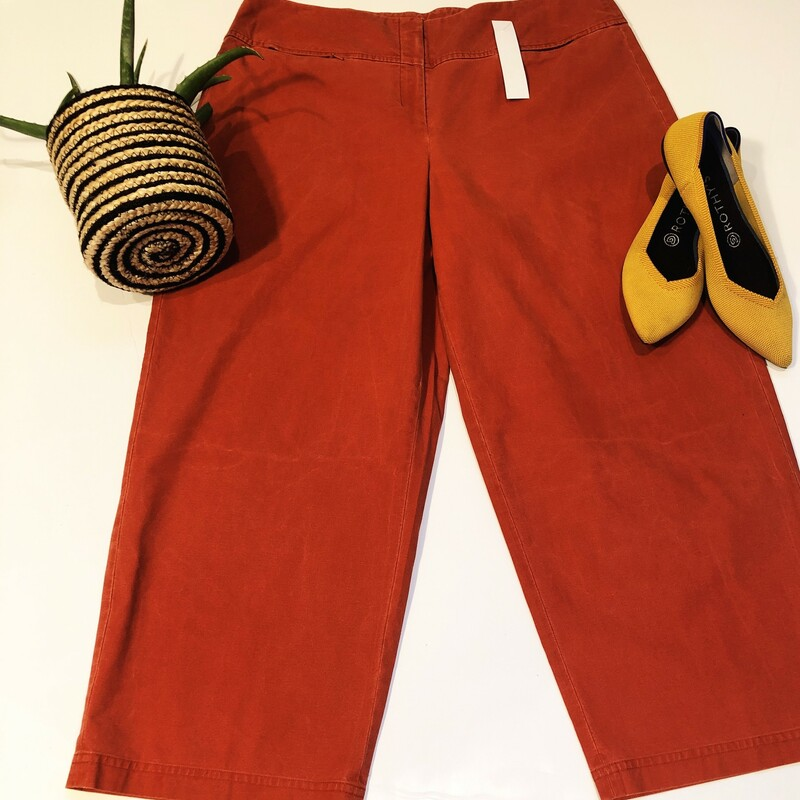 Super cute cropped wide leg pants